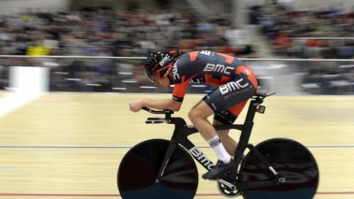 Dennis Rohan during his Hour Record, Velodrome Suisse, 8 February 2015