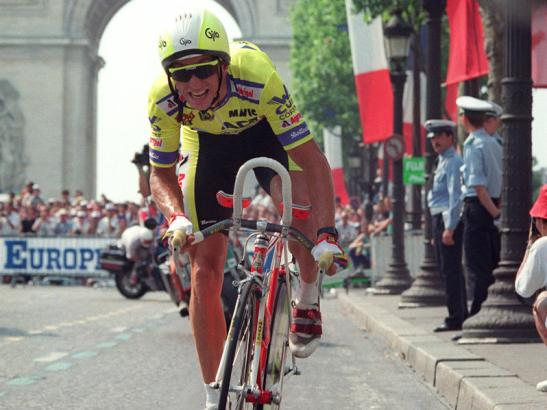 Greg Lemond powers down the Champs-Élysées on his way to victory in the 1989 Tour