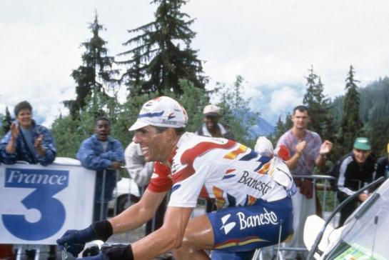 Indurain struggles on the clib to Les Arcs, 6 July 1996. Photo: Presse Sports/Clement