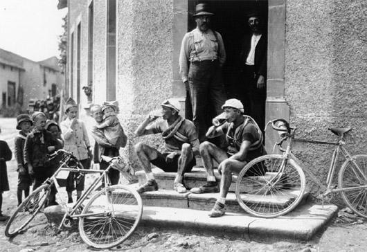 Beer stop, 1921