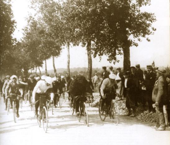 The first kilometre of Le Tour de France, Stage 1, July 1, 1903